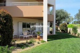 Well-kept 3-bed apartment at a golf resort near Carvoeiro